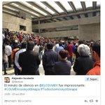 Realizan minuto de silencio en @ELCOLMEX en solidaridad con normalistas http://t.co/twLAc15SVB #EPNBringThemBack http://t.co/GxailLDbgo