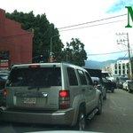 [Al momento] Vehículos en contrasentido en Calzada Porfirio Díaz por el bloqueo en el crucero de Fonapás || http://t.co/uEOhHKbWNf
