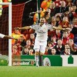 نهاية الشوط الأول!!! ليفربول 0-3 ريال مدريد. الأهداف من رونالدو وبنزيمة (2) #هلامدريد http://t.co/ZCXjK8A6Hx