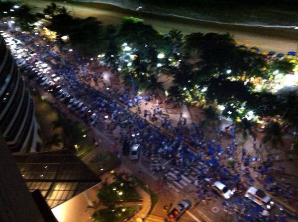Hoje à noite a onda azul passando por Fortaleza! @AecioNeves #Aecio45PeloBrasil #MudaBrasil!