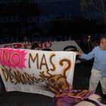 #AlMomento Se une Francisco Toledo a la marcha Vía @Lcruz_Foto #TwitterOax #Oaxaca http://t.co/qeKYFY1uF4