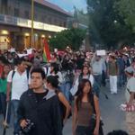 #AccionGlobalAyotzinapa #Oaxaca después de varias marchas y bloqueos s realiza marcha masiva @julioastillero @diazpol http://t.co/Qe1IZLA1M1