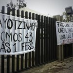 La @ibero_mx y la FES Cuautitlán también están con #Ayotzinapa. Fotos vía @mafernn y @livkoshka http://t.co/9U3Dr73Gm5