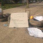 Barrio de Monteria solicitando ayuda, Administración manifiestate @TuPlanBMtr @JuanitaCaliz @CaracolRadio http://t.co/55ZGRVftlI