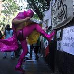 Estudiantes protestan en Argentina por caso Ayotzinapa. Vía @revistaproceso #EPNBringThemBack #AyotzinapaSomosTodos http://t.co/vDsoWwLs4o