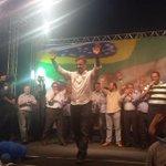 RT @Rede45: Artistas e políticos estão com @AecioNeves no evento. Está lindo! Acompanhe: http://t.co/UHpSg41t5y #AecioPeloBR45IL http://t.co/0O8mIyWcep