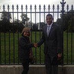 RT @SkylarsBoo24: ???????????? This Spanish lady I met outside the White House thought I was Obama. http://t.co/neogLyFT3E