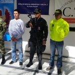 """RT @ATLinnovacion: Capturado """"Willintón"""" responsable de la inteligencia para secuestrar en el sur del Cesar http://t.co/pS9x0dKpmA http://t.co/lrRkUxFaYQ"""