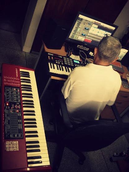 Maestro #OmarLopez !!! Compartiendo una tarde de muchas ideas!!  #NosVemosPronto #Pendientes #Activos http://t.co/86kzeGT1n4