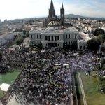 RT @jornadajalisco: Universitarios exigen justicia por normalistas de #Ayotzinapa y estudiante de #CULagos http://t.co/Aph0xepvV1 http://t.co/O9vhRSGMLN