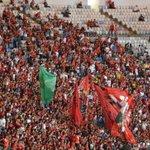 RT @fimdejogo: torcida com bandeiras chegou há pouco #flamengo http://t.co/RPDfzb0VBl