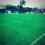 RT @LDU_Oficial: Así luce la cancha del estadio de Sangolqui luego de la lluvia, campo en buen estado. Esta noche juega #LDU #ViveLIGA http://t.co/UcTy2kmyc0
