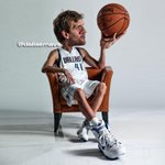 NBA polled GMs across the league & they ranked @swish41 as the NBA's best international player.http://t.co/ervdenOpn1 http://t.co/uPIvvBZqQm