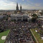 RT @MonrazDiego: Despertaron a los jóvenes, ya les quitaron hasta el miedo, ahora si agarrense! #TodosSomosAyotzinapa #EPNRegresalos http://t.co/kwihZSiRyl