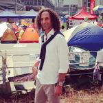 "Kenny G insists he doesnt ""really know anything"" about the HK protests he just visited. http://t.co/O15S1CufOL http://t.co/GpHO5MFRma"