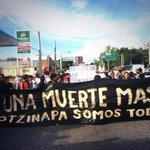Comienza la marcha en #Guadalajara en solidaridad con los estudiantes de #Ayotzinapa desaparecidos. http://t.co/yyhYataxb2