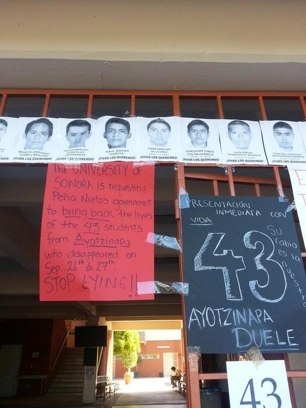 ¿Me ayudas con un RT? Alumnos y maestros Unison en apoyo a #Ayotzinapan desde #Sonora http://t.co/TGlUNXbdw9