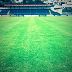 RT @LDU_Oficial: El campo de juego luce en buen estado tras la lluvia que cayó en el estadio de Sangolqui. #IJT vs #LDU #ViveLIGA http://t.co/Klae3Rz2yH