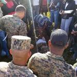 RT @Telenoticiasrd: Matan guardia en la frontera de Haití- RD, se cree fueron haitianos. http://t.co/S0iGVsk8H4