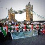 RT @SinEmbargoMX: También en Londres, Inglaterra se manifiestan en apoyo a desaparecidos de Ayotzinapa http://t.co/f5hChkToNR | http://t.co/PWki7pbwYZ