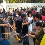 A punto de iniciar la marcha de la @SECCIONXXII de CU al zócalo de #Oaxaca en el marco de la #AccionGlobalAyotzinapa http://t.co/mLTpqfe8zX