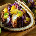 RT @JTWalkers: Caribbean jerk chicken wrap - get in my belly! #Mahomet #Illinois #Brewery #JTWalkers #Chambana http://t.co/oyZUKfjtJP