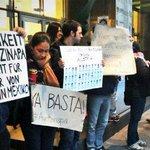RT @SinEmbargoMX: Manifestantes sales a las calles de Austria para pedir justicia en Ayotzinapa http://t.co/f5hChkToNR http://t.co/CtiIIXlzUG