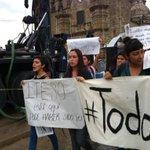 """RT @dhypaz_iteso: """"Guerrero aguanta, Jalisco se levanta"""" #ITESOConAyotzinapa #Ayotzinapa #TodosSomosAyotzinapa @cifs_iteso @ITESO http://t.co/KqTfccVmKi"""
