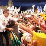 RT @JornalOGlobo: Aécio diz que vai libertar o Brasil como Tancredo libertou o país da ditadura. http://t.co/mmrrwDGRAP http://t.co/fS7s9pdncA