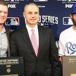 RT @MLB: .@Royals closer Greg Holland wins Mariano Rivera Award; @Braves closer @kimbrel46 receives Trevor Hoffman Award. http://t.co/GYnSX5ntjG