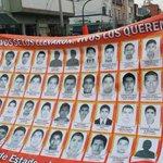#AyotzinapaNoSeOlvida Los rostros de los 43 desaparecidos #Ayotzinapa caminan por Guadalajara http://t.co/KfRkgE0Rck