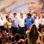 RT @AecioNeves: #SomosAécio45 http://t.co/Uh438FgB1J