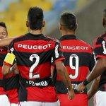 RT @JornalOGlobo: Flamengo vence o Internacional no Maracanã em dia de show de Gabriel. http://t.co/CAs9nFyJh6 http://t.co/zW4IBFHY2B