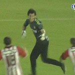 RT @C5N: Hilario Navarro, el héroe: #Estudiantes pasó a cuartos de la #CopaSudamericana al vencer a Peñarol 3 a 1 por penales http://t.co/ZAnFcQbVDB