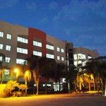 RT @ecuavisa: Universidad Espíritu Santo #UEES cumple dos décadas apostando por la innovación http://t.co/VZgvKeKoYk http://t.co/Oh5hodc44Z