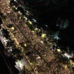 RT @Gaby_mex: Impresionante movilización social. #AccionGlobalAyotzinapa #UnaLuzPorAyotzinapa. Fotos de @paw http://t.co/uefm1P9ySU