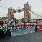 RT @sopitas: Londres, Paris, Argentina #AccionGlobalAyotzinapa alrededor del mundo #EPNBringThemBack http://t.co/4hdyKTHI3b http://t.co/mAMlu0lwTZ