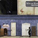 【今日】アリスの世界が体感できるショップ「水曜日のアリス」関東初の店舗が原宿にオープン http://t.co/htcRXSGZvb http://t.co/bHczkphV66