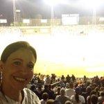 """@MariaCorinaYA: Apoyando a mis gloriosos Leones!!! #SelfieLeones http://t.co/vBQLrKks7W""tan bella"