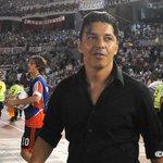 Al término del partido, todo el Estadio Monumental ovacionó a Marcelo Gallardo. http://t.co/umzns6LURD