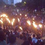 """RT @monideavila777: Personal de la Secretaría de Gobierno del DF estima al menos 120 mil personas en marcha """"Una luz por Ayotzinapa"""" http://t.co/PIopJmujsG"""