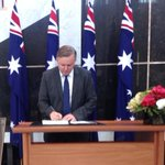 RT @AlboMP: Today I signed the condolence book for Gough Whitlam in the marble foyer of Parliament House http://t.co/7EgYJ5hpGc
