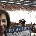 RT @ZAMomShearer: Hockey Fights Cancer night at the Ducks game!! @AnaheimDucks #HockeyFightsCancer http://t.co/crk5d5Z2UQ