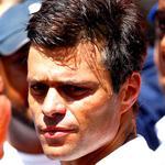 RT @maduradascom: ¡JOYITA DEL RÉGIMEN! Fiscal en caso Leopoldo López fue acusada de lavado de capitale http://t.co/77u6WqfL09 http://t.co/XVwhXZNqRF