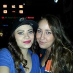 Love my girl side by side with all my craziness. Hell ta Oilers won. #Oilers #loyaltotheoil #Nuge #Oilers http://t.co/G7ImYCaVyh