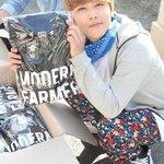 RT @kor_celebrities: FTISLAND イ・ホンギ、出演中のドラマ「モダンファーマー」のスタッフ、俳優たちに直接デザインしたTシャツ150着をプレゼント。 http://t.co/FzwW4Inm8f