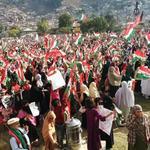 RT @PATofficialPAK: Massive crowd at the college groud, Hazara waiting for Dr Qadris speech. #HazaraStandsWithPAT #InqilanInAbbottabad http://t.co/7hnEbvWJoT