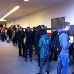 Erste Einschätzung: Besucherrekord beim #OKT14 in #Hamburg! In drei Minuten beginnt der Einlass! @OnKarrieretag http://t.co/NPFIeQQltd