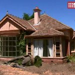 Gough Whitlams former Kew home has been saved from demolition thanks to Planning Minister @MatthewGuyMP. #9News http://t.co/u11EZYPtCg