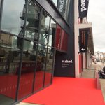 The red carpet has just been rolled out @mshedbristol ahead of Singapore President Tony Tan Keng Yams visit today. http://t.co/oJP3DHA57b